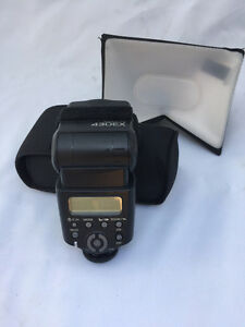Canon 430 EX Speedlite Flash with case and LumiQuest soft box Kitchener / Waterloo Kitchener Area image 1