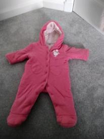 Snowsuit (3-6 months)