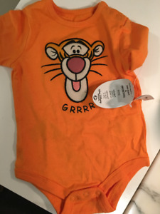 Onesie pyjama Tiger Winnie The Poo Neuf - Acheté Disney World