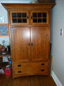 Solid Oak Amish Crafted Armoire/Cabinet/Wardrobe