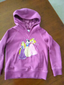 Disney princess hooded sweatshirt size 5/6