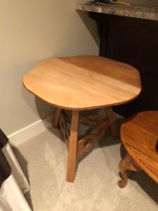 two tone scalloped edge table