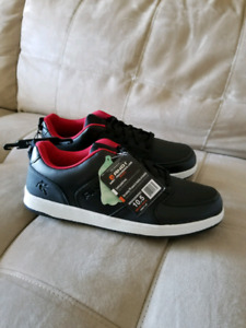 Men's shoes size 8  10  and  10.5
