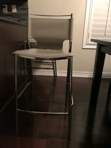 Bar/Kitchen Stools/Chairs
