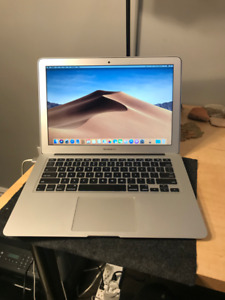 2016 MacBook Air 13in, Works and Looks Amazing!
