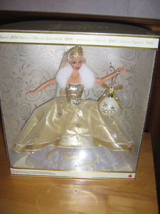 New In Box Holiday Celebration Barbie Special Year 2000 Editio