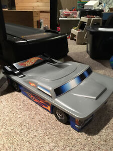 Hot Wheels track and under bed staorage car case.