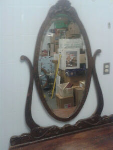 beautiful antique dresser with mirror Kingston Kingston Area image 2