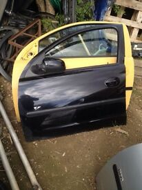 Corsa c 2005 5 door complete front passenger door in black z20r 07594145438