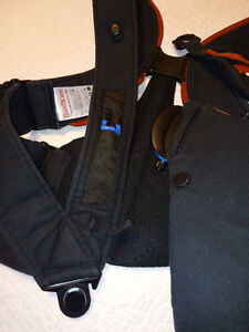 Baby Bjorn Carrier x2 for Busy Parents! Kingston Kingston Area image 9