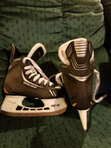 Junior Baurer Supreme Skates