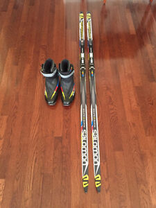 Skate skis and boots