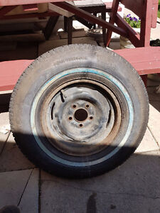 Tire on Ford rim P215/75R14