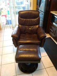 Luxury Real Brown Leather Recliner Chair With Matching Ottoman