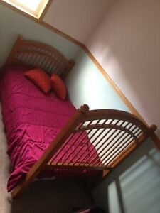 excellent condition Soild wood single bed