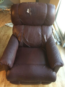 2 Recliner/Rocking Chairs Cambridge Kitchener Area image 5