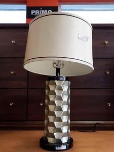 *** USED *** ASHLEY PATREECE LAMP   S/N:6105795   #STORE576