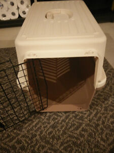 Like new! Medium size Pet crate