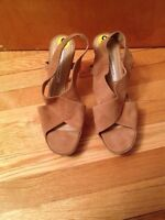 Diane Von Furstenberg tan high heels **New**
