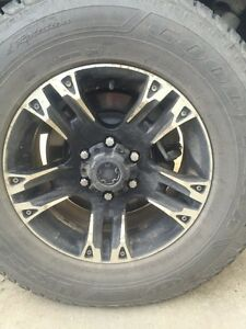 Like new winter tires and rims 265/70R17