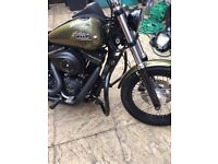 Harley Davidson street Bob crash bar