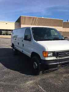 2006 Ford E-250 Commercial Cargo, Van
