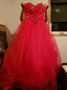 red grad dress size 5