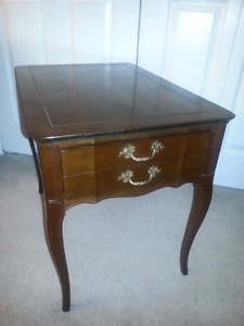 Gorgeous Vintage Side Table