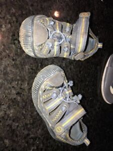 Stride Rite sz 5 1/2 sandals and shoes for baby toddler boys