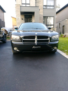Dodge Charger (neuf suspension en avant)