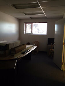 Prime Location! Upper-floor office space on Balmoral St