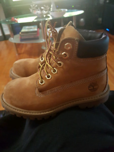 Timberland and paladium shoes for toddler
