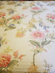 King Size Quilt with Lovely Floral Design