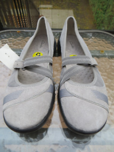 Neuf!  Soulier Clarks Privo pour femme - Taille 9