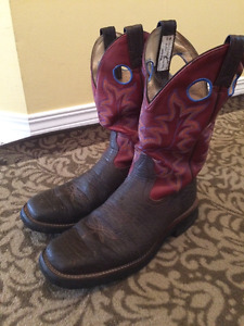 Barely worn Vibram leather cowboy boots