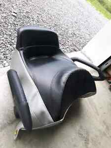 2 up seat for 04-07 Rev/Mach Z RT chassis