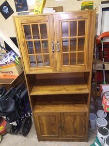 Free cabinet (sold Pending Pickup)