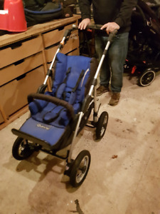 Quinny Freestyle 4XL stroller (expired carseat) Blue