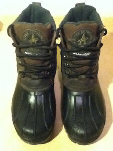 Men's Altra Outdoors Winter Boots Size 8 London Ontario image 2