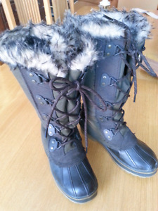 STORM andora  boots by Cougar size 7M