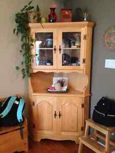 Light Wood Dining Set/hutches/display cabinet  NEW PRICE Gatineau Ottawa / Gatineau Area image 1