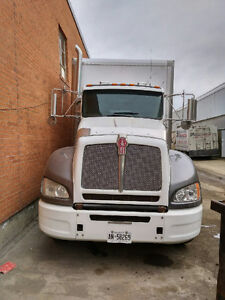 2012 KENWORTH T440 FULLY INSULATED TRUCK