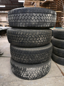 LIKE NEW Super duty rims and Toyo snow tires