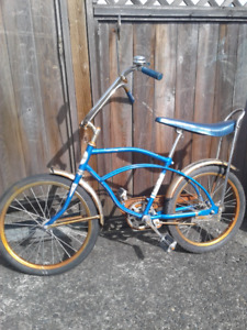 Vintage 1970's Stinger Bicycle