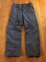 Like new Helly Hansen snow pants