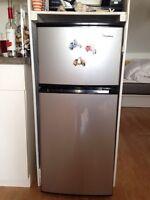 Réfrigérateur Magic Chef