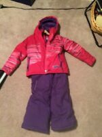 Girls Costco snowsuit- size 6. Brand new condition