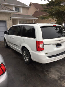 2015 Town and Country Touring -Leather