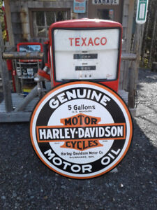 LARGE METAL HD MOTOR OIL SIGN