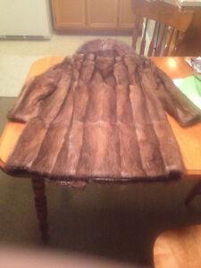 Étole de vison et manteau de fourrure West Island Greater Montréal image 6